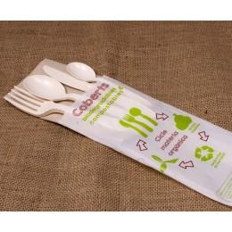 Forquilla,ganivet,cullera i cullereta +tovalló